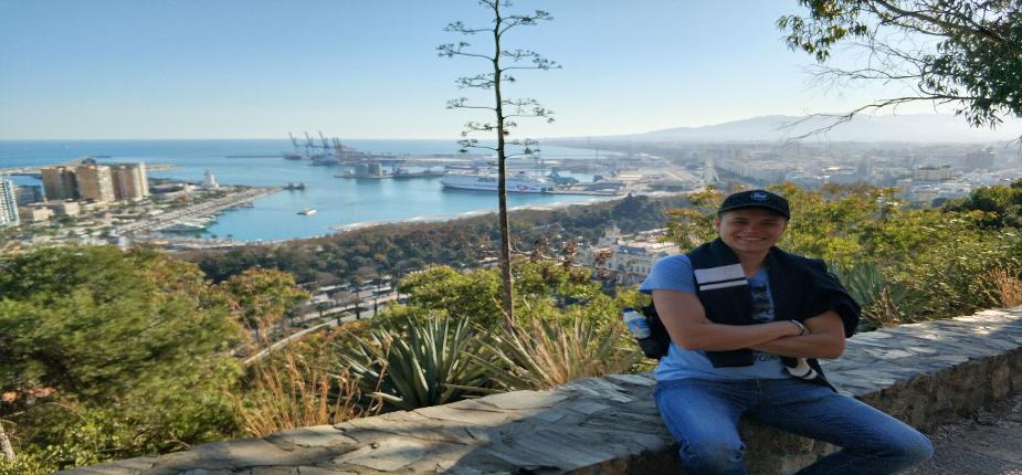 Absolwent Patryk Posłajko na zagranicznej praktyce w Hiszpanii z Erasmusem+